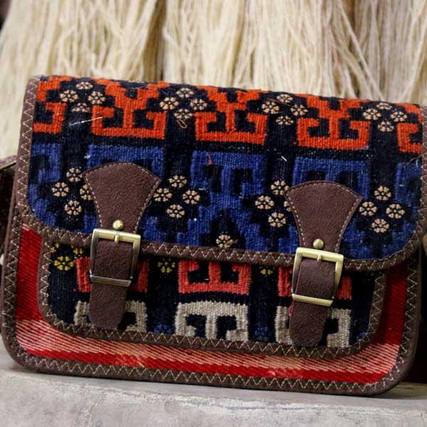 کیف گلیمی آزیتا