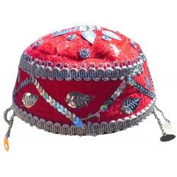 کلاه سنتی قرمز