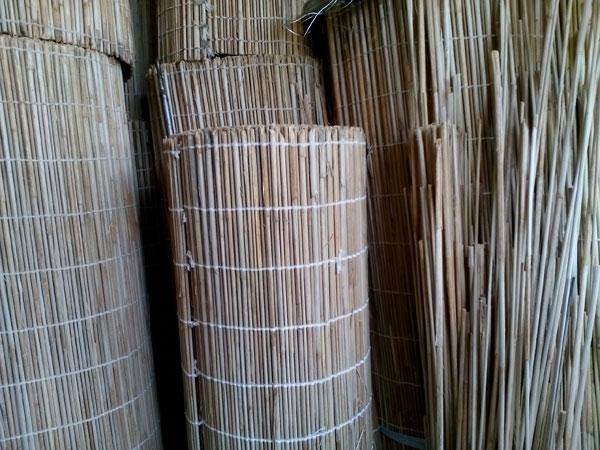 خرید حصیر از پل چوبی