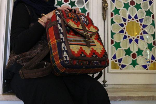 خرید اینترنتی کوله پشتی گلیمی