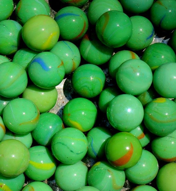 خرید تیله شیشه ای سبز