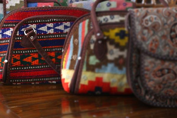 خرید کیف های طرح گلیم در تهران