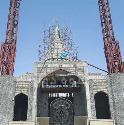 ساخت در اصلی مسجد