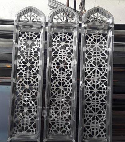 نصب پنجره مسجدی