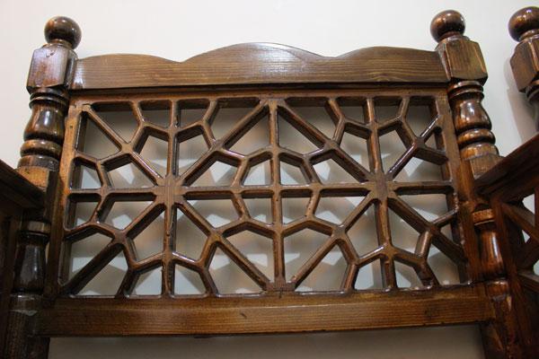 خرید مبل سنتی پل چوبی