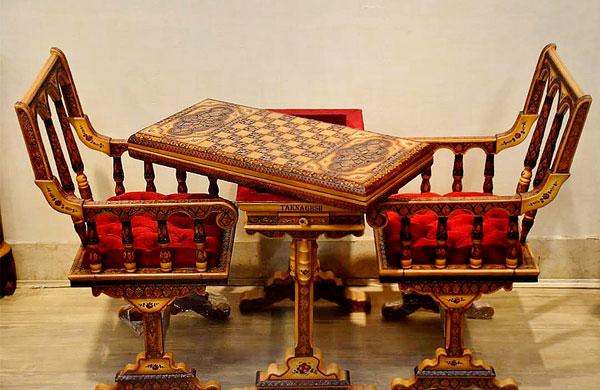 میز و صندلی تخته نرد