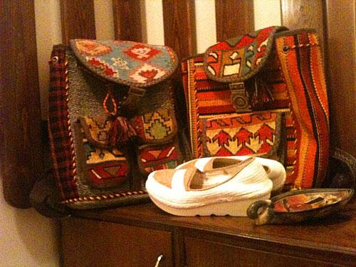 کیف گلیم و کفش زنانه